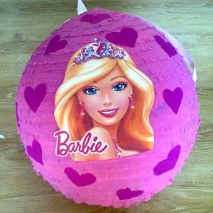 Różowa piniata Barbie